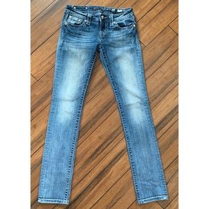 Miss Me Straight Leg Jeans Medium Wash 26 waist